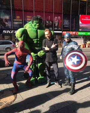 Tom Hiddleston - Times Square with the Avengers (November 23, 2019)