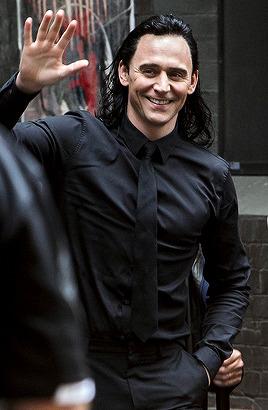 Tom on the set of Thor: Ragnarok 2016