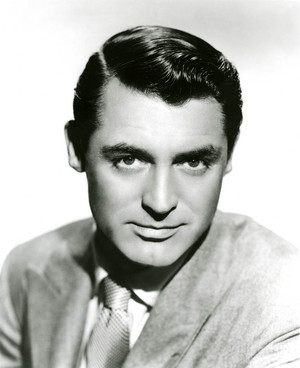 Young Cary Grant in Hollywood 🌼