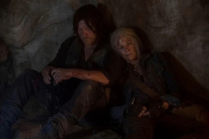 10x09 ~ Squeeze ~ Daryl and Carol