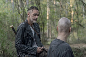 10x11 ~ Morning bituin ~ Negan and Alpha