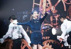 191109 2019 IU Tour Concert <Love, Poem> in Incheon