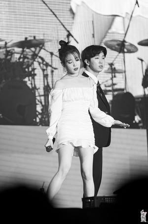 191109 2019 IU Tour концерт <Love, Poem> in Incheon