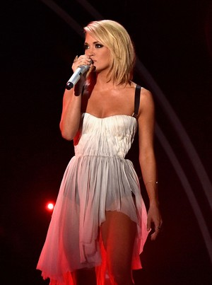 Carrie Underwood stage