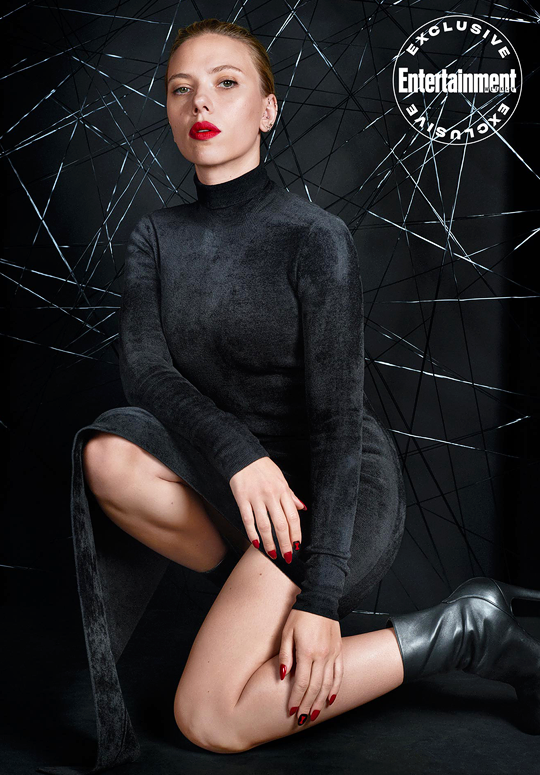 """Entertainment Weekly's exclusive """"Black Widow"""" cover story"""