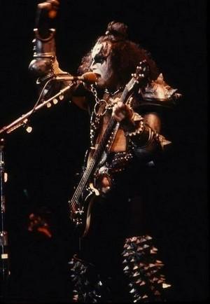 Gene ~Laguna Hills, California...March 25, 1983 (Creatures of the Night Tour)