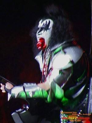Gene ~Melbourne, Australia...April 4, 2001 (Farewell Tour)