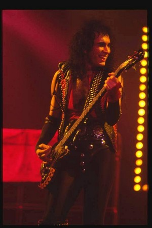 Gene ~Toronto, Ontario, Canada...March 15, 1984 (Lick it Up Tour)