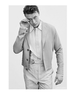 George MacKay - Zoo Magazine Photoshoot - 2020