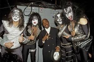 চুম্বন ~Los Angeles, California...February 28, 1996 (38th Annual Grammy Awards)