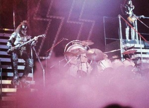 baciare ~Osaka, Japan...March 29, 1977 (Rock and Roll Over Tour)