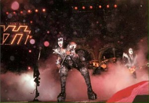 KISS ~Paris, France...March 22, 1999 (Psycho Circus Tour)