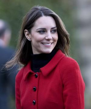 Kate ~ universitas of St. Andrews Visit (2011)
