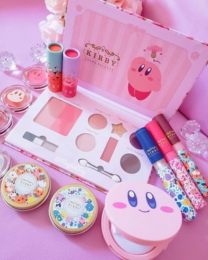 Kirby Coffret Makeup Collection