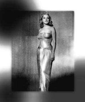 Marilyn Monroe~LOVE HAPPY~1949