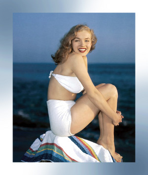 Marilyn Monroe modeling white bikini