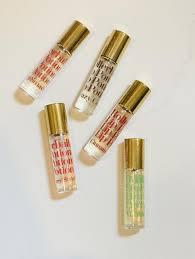 Maybelline चुंबन Potion Lip Gloss