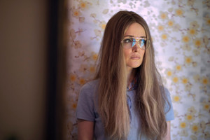 Mrs. America First Look: Rose Byrne as Gloria Steinem
