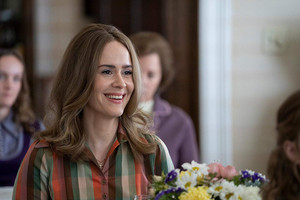Mrs. America First Look: Sarah Paulson as Alice
