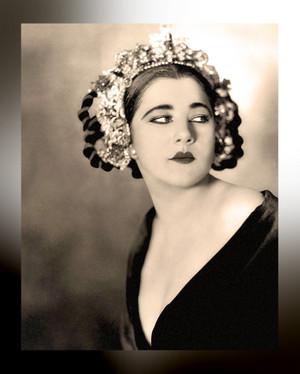 Nita Naldi (Mary Nonna Dooley)