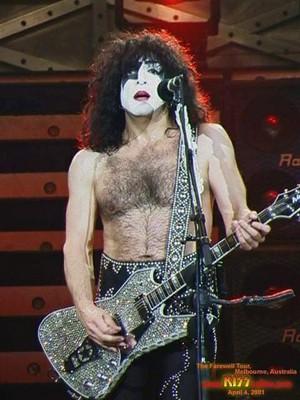 Paul ~Melbourne, Australia...April 4, 2001 (Farewell Tour)