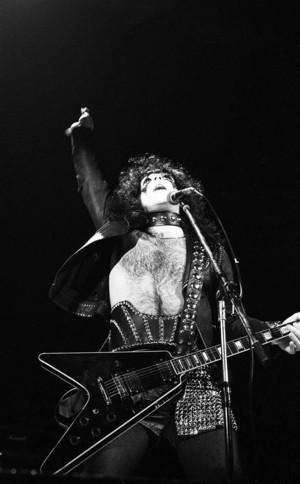 Paul (NYC) January 26, 1974 (Academy of Music)