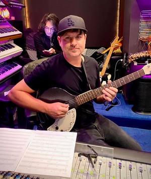 Paul Stanley -guitarist Rafael Moreira, Greg Collins, Eric Singer, Alex Alessandroni Jr.