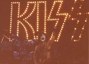 Paul ~West Palm Beach...Florida, February 3, 1983 (Creatures of the Night Tour)