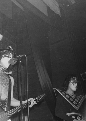 Paul and Ace ~Northampton, Pennsylvania...March 19, 1975 (The Roxy Theatre - Dressed to Kill Tour)