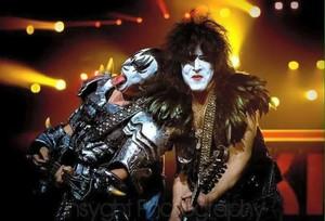 Paul and Gene ~Mackay, Australia...March 16, 2013 (Monster Tour)