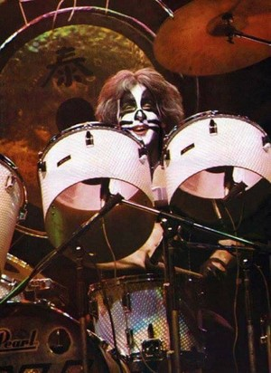 Peter ~Osaka, Japan...March 29, 1977 (Rock and Roll Over Tour)