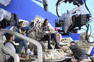 Taika Waititi behind the scenes of Thor: Ragnarok