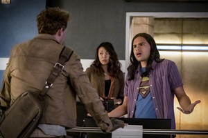 "The Flash 6.10 ""Marathon"" Promotional picha ⚡️"