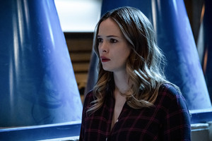 "The Flash 6.15 ""The Exorcism of Nash Wells"" Promotional Обои ⚡️"
