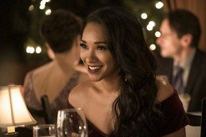 The Flash - Episode 6.11 - Love is a Battlefield - Promo Pics
