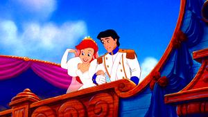 Walt 디즈니 Screencaps – Princess Ariel & Prince Eric