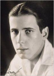 Young Humphrey Bogart