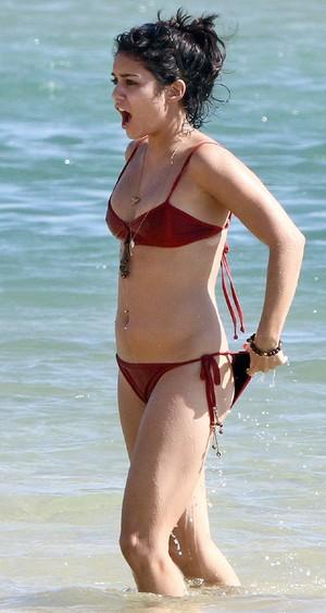 vanessa bikini