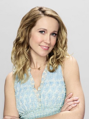 Anna Camp as Ginny in Perfect Harmony