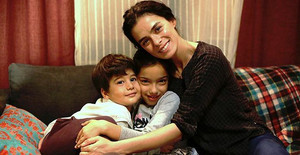 Bahar and her children from Kadin TV series