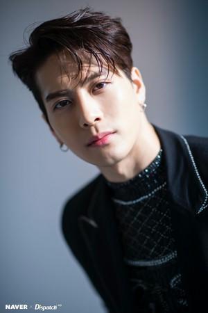 "Jackson ""DYE"" mini album promotion photoshoot da Naver x Dispatch"