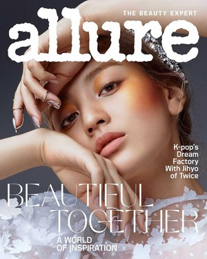 Jihyo for Allure