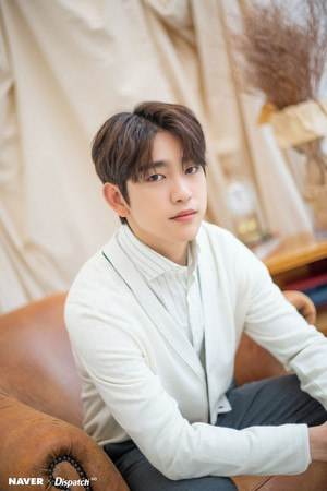 """Jinyoung - tVN Drama """"When My Life Blooms"""" Promotion Photoshoot sejak Naver x Dispatch"""