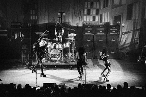 KISS ~Pittsburgh, Pennsylvania...April 15, 1975 (Stanley Theater)