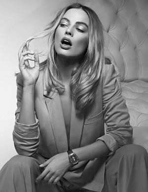 Margot Robbie – Richard Mille Watch [2020 Campaign]