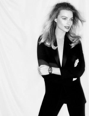Margot Robbie – Richard Mille Watch [2020 Campaign]