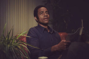 Mrs. America - Cast Portraits - arrendajo, jay Ellis as Frank Thomas