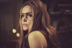 Mrs. America - Cast Portraits - Rose Byrne as Gloria Steinem