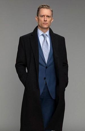 Neil Jackson as Jordan Mahkent
