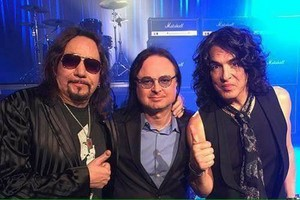 Paul Stanley and Ace Frehley - fuoco and Water ~ April 7, 2016 (Ace Frehley Origins Vol. 1)